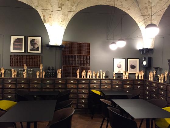 Interior-Cabinet-de-Vin-Cocotte
